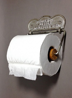 """1900's """"ADVERTISING"""" Cast Iron Toilet Paper Holder - FUNNY SUPPLY"""