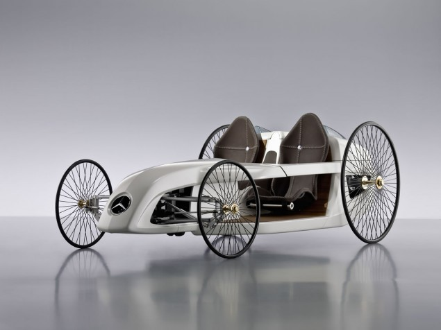 Daimler Unveils Mercedes-Benz F-CELL Roadster with Hybrid Drive Photo Gallery (707031_1277383_6494_4871_09C191_007)   eMercedesBenz