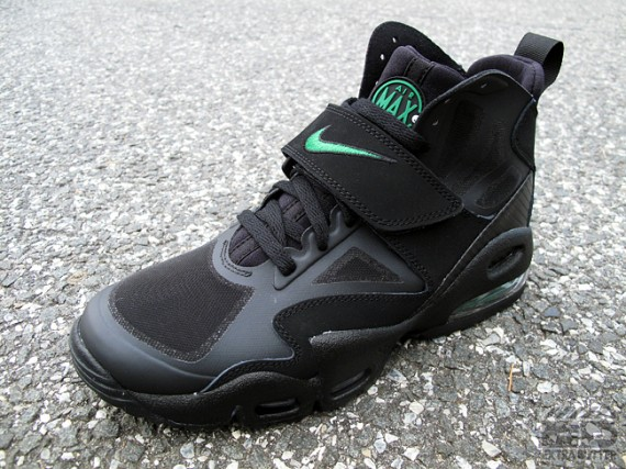 sneakers for cheap fc2ce f51f7 Nike Air Max Express - Black Green
