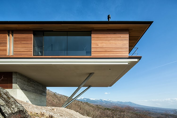 LE CONTAINER: House in Yatsugatake (Antony)