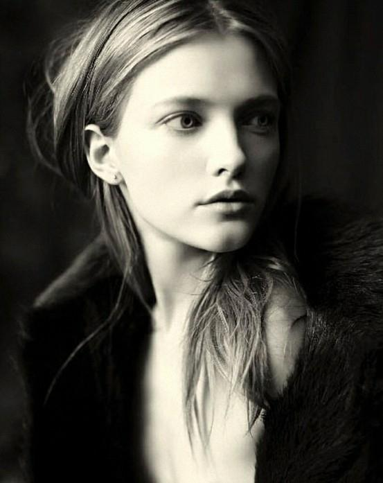 Vintage Fashion by Paolo Roversi | Cuded