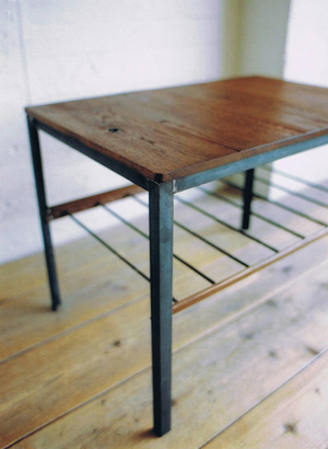 TRUCK|TRUCK-ZAKKA|141. BOOMERANG SIDE TABLE