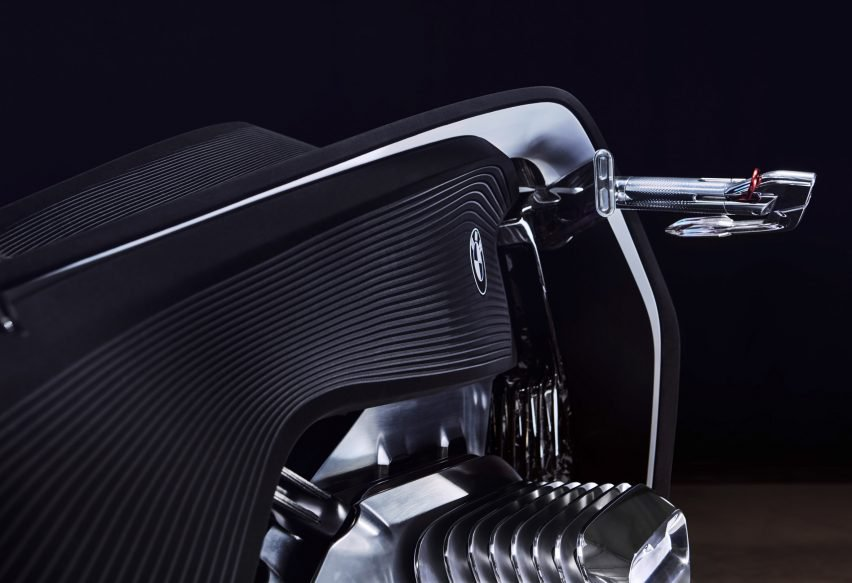 BMW unveils super-safe motorbike that can't fall over