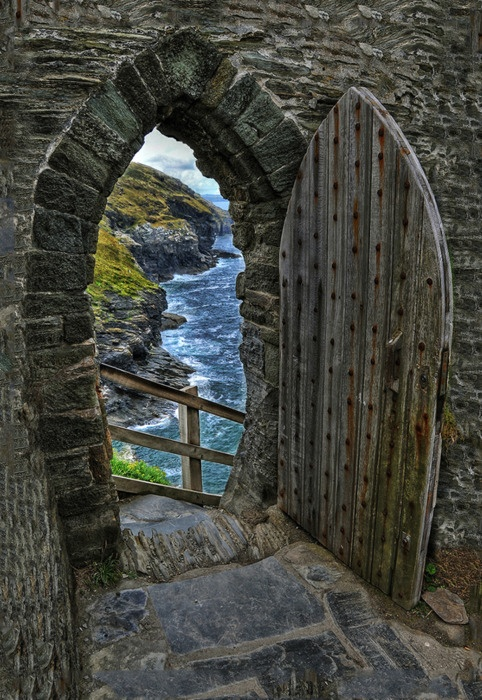 doorways and stairs / Gate to the sea. Tintagel, UK.