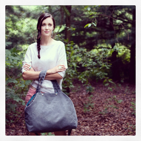 The Porter, large waxed canvas tote | Moop