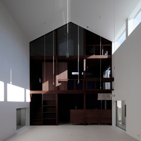 House with Empty Lot by ON design - Dezeen