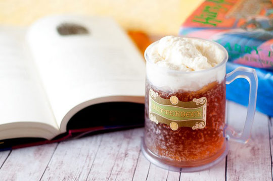 Make Your Own Harry Potter Butter Beer | The Kitchn