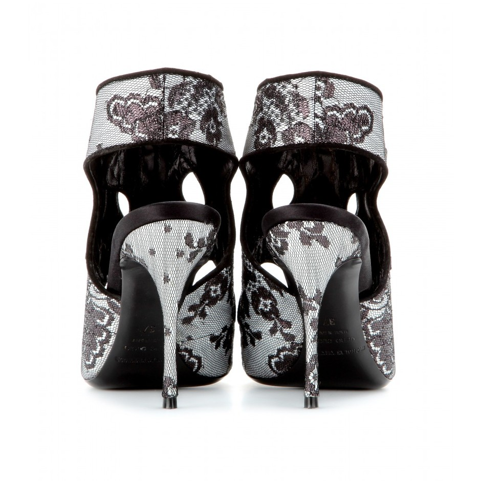 mytheresa.com - Lace peep-toe pumps - high heel - sandals - shoes - Luxury Fashion for Women / Designer clothing, shoes, bags
