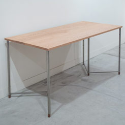 TanaAshi / WORK AROUND TABLE