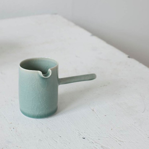 Pouring jug with handle   Maud and Mabel