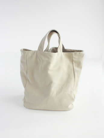 evam eva/商品詳細 sheep leather tote bag