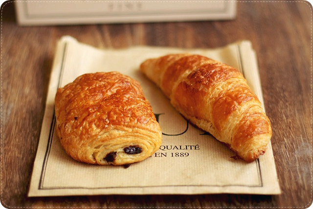 Pain au Chocolat & Croissant | Flickr - Photo Sharing!