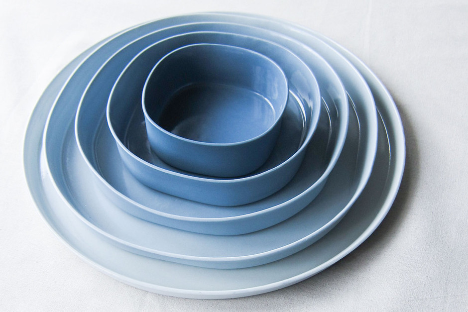 10 blue plate square and round ceramic design dishes by Designlump