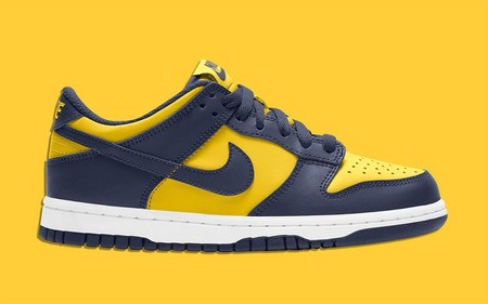 Dunk Low - Varsity Maize/Midnight Navy/White