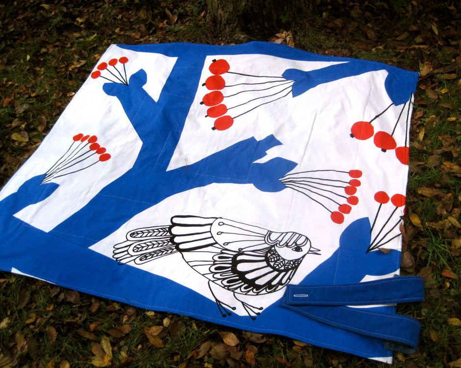 picnic blanket / vintage Marimekko winter tree by SewnNatural