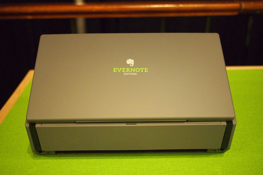 Evernote、ドキュメントスキャナー発売、PFUが「ScanSnap Evernote Edition」 -INTERNET Watch
