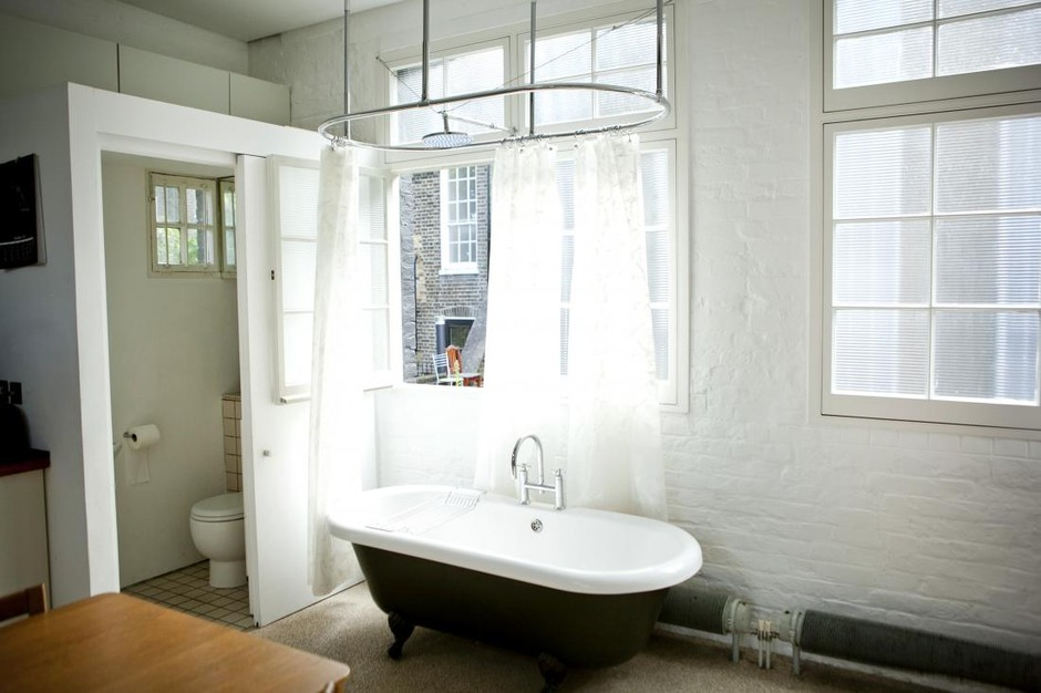 Film Location House-Mews propery, urban apartment in Camden