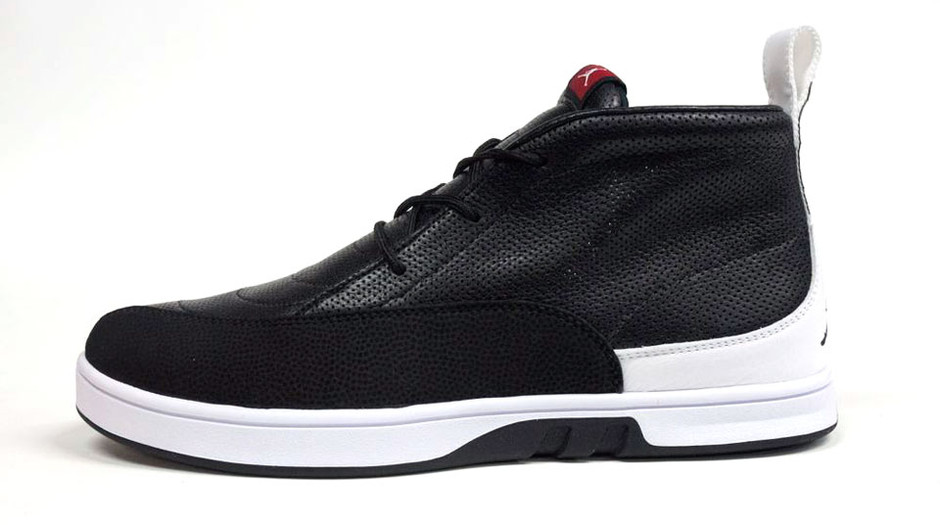 AIR JORDAN XII SELECT 「LIMITED EDITION for NONFUTURE」 BLK/WHT/RED ナイキ NIKE | ミタスニーカーズ|ナイキ・ニューバランス スニーカー 通販