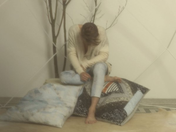 ANNTIAN Big Cushions|H.P.FRANCE/BLOG/Wut berlin / Beyond Life and Death