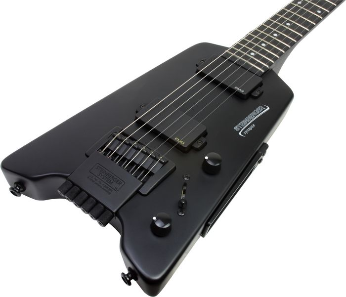 Google 画像検索結果: http://www.maxguitarstore.com/store/products_pictures/s517594.jpg