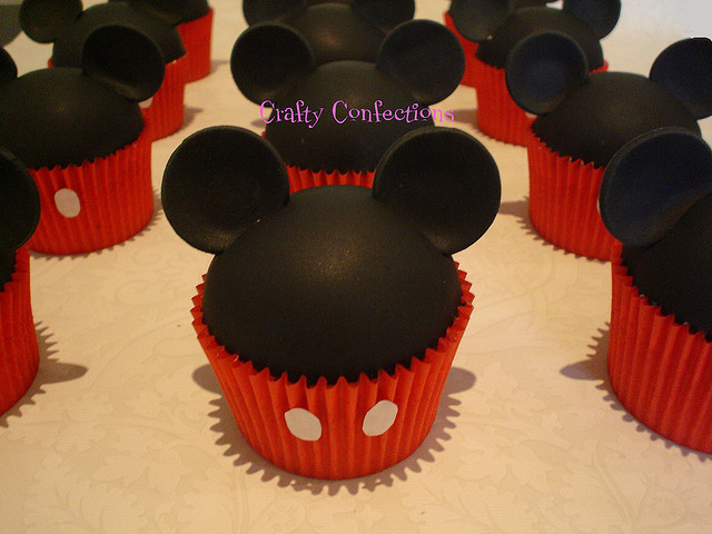 Mickey Mouse Cupcake Army | Flickr - Photo Sharing!