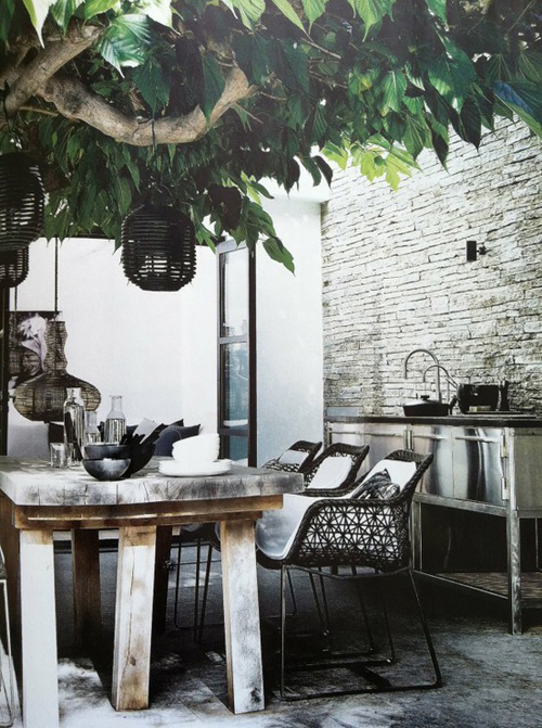 fall inspired outdoor areas | the style files