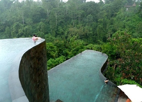 Infinity Pools at Ubud Hanging Gardens Luxury Hotel & Resort in Bali, Indonesia | Inthralld