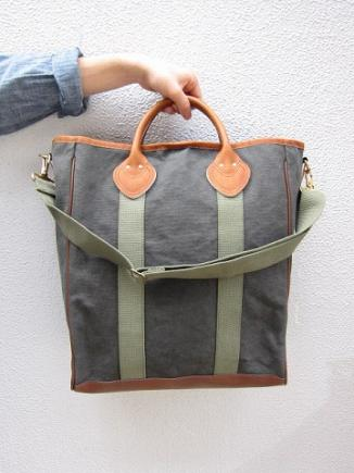 ARTS&CRAFTS/MAINE DUCK 2WAY SHOPPING TOTE(OLIVE)/happy go lucky