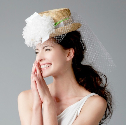 STRAW HAT WITH VEIL AND FLOWERS | Wedding Hat | Pinterest