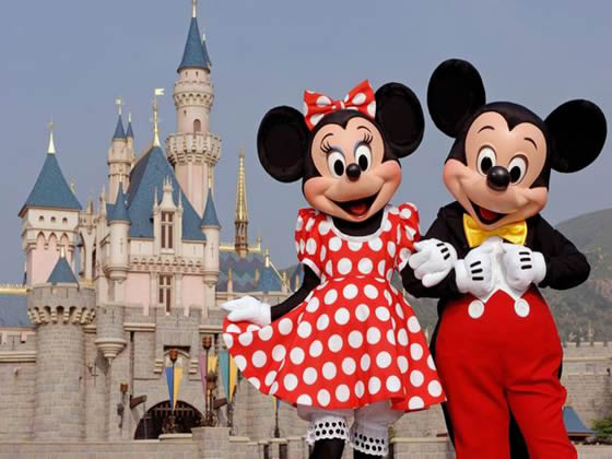 Google Image Result for http://socal.catholic.org/images/local_ad/2010023831mickey_minnie_disneyland.jpg