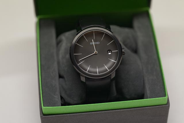 Google 画像検索結果: http://forums.watchuseek.com/attachments/f29/642264d1330825116-sold-seiko-scbs003-moving-design-collection-_mg_4842.jpg