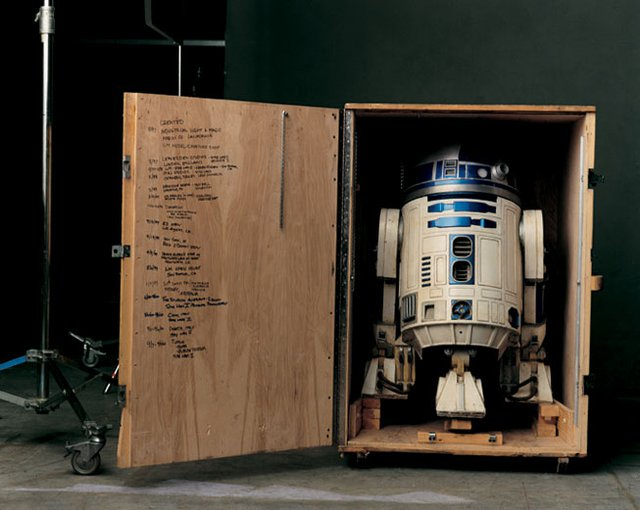 Amazon.com: Star Wars Interactive R2D2: Toys & Games