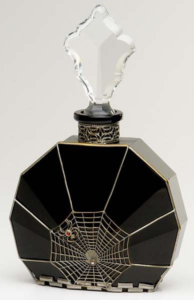 Spider and Web perfume bottle. | Decor, Objects, etc.