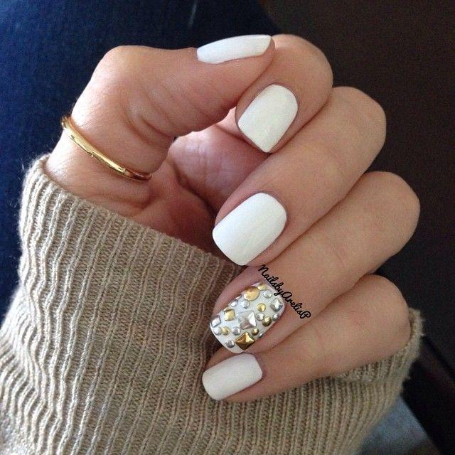 White mani Studded Accent - Trends & Style