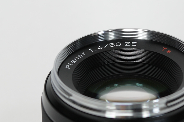 Amazon.co.jp: COSINA Zeiss Planar T*1.4/50 ZE (キャノンEF): 家電・カメラ