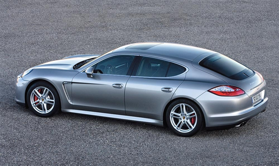 Google 画像検索結果: http://jt150.cocolog-nifty.com/photos/uncategorized/2009/03/16/panamera.jpg