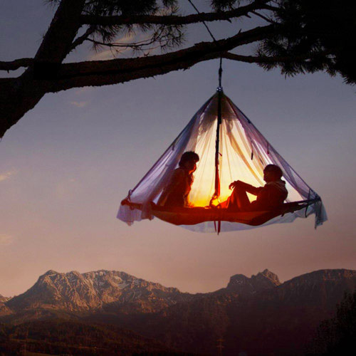 Portaledge Hanging Tent - Between the Neon and the Sea