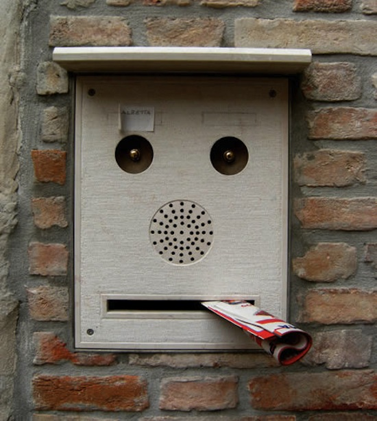 50 Things That Look Like Faces - Pareidolia | Geekosystem