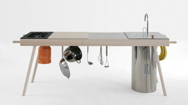 Critter portable kitchen - the sous chef for outdoor cooking - Images