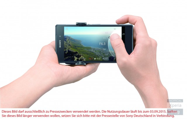 Sony QX1 lens-style camera press pic leaked; confirms E-Mount | Xperia Blog