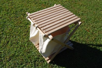 CAMP MANIA PRODUCTS / TRASH STAND TABLE   CAMP MANIA PRODUCTS