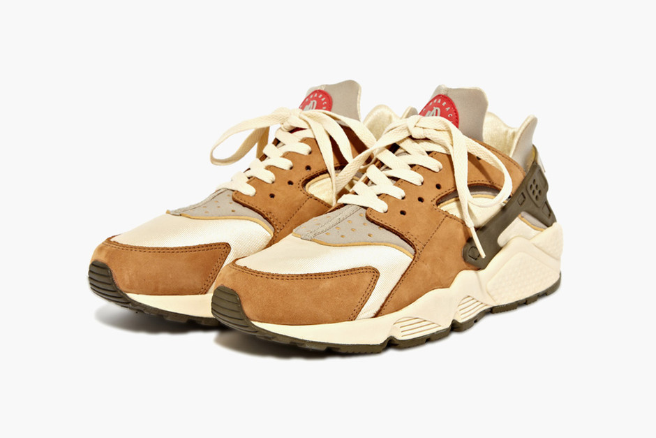 3. Stüssy x Nike Air Huarache LE — The 10 Best Stüssy x Nike Collaborations Of All Time | Complex