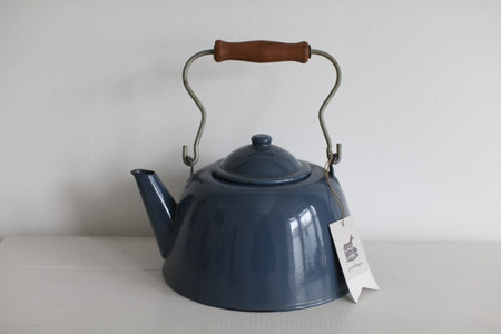 Image of 1980s enamel kettle