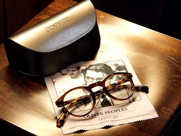 "OLIVER PEOPLES ""GREGORY PECK""