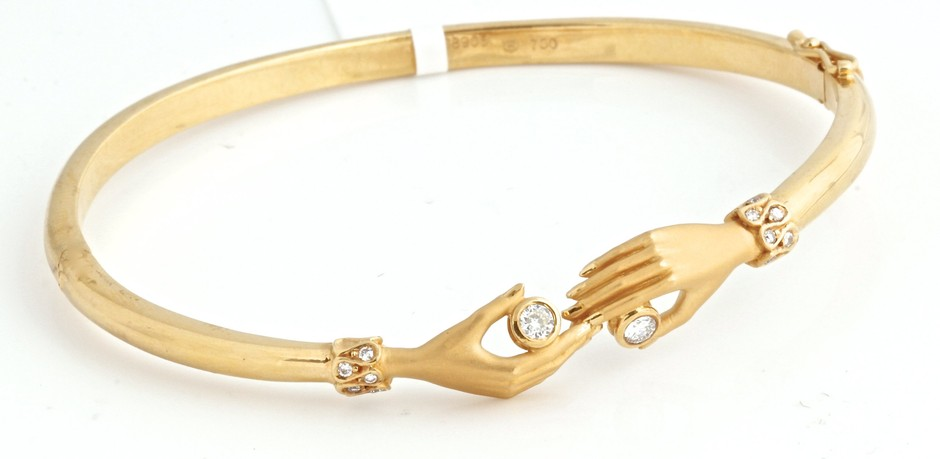 CARRERA y CARRERA 18k Yellow Gold & Diamond Hands Bangle Bracelet: Jewelry: Amazon.com