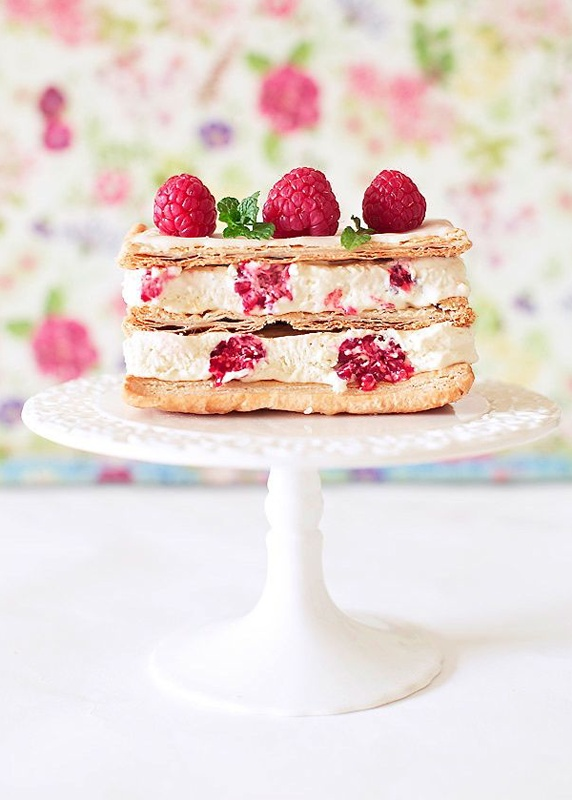 Cake with Fruits or Vegetables / Cute Raspberry Topped Little Cake