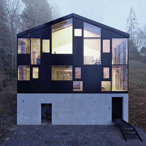 Jochen Specht envelops a 1960s house behind a new facade