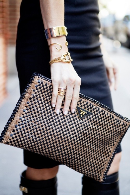 Bags&Clutches / Black & Gold