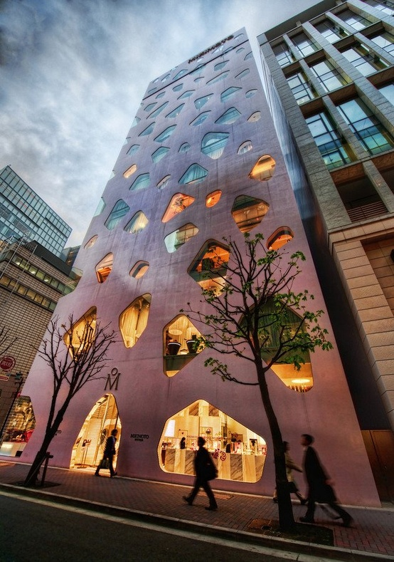 Architecture / Mikimoto Building in Tokyo by Toyo Ito and Associates