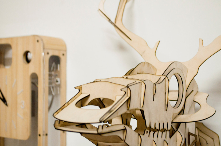 Goldfuss plywood taxidermy skull deer trophy by pedromealha